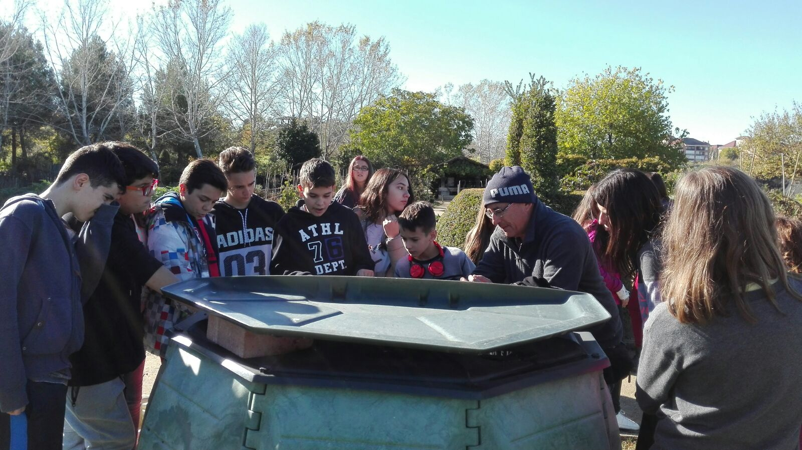 Visita al jard n bot nico de alcal de henares ies for Tanatorio jardin alcala de henares